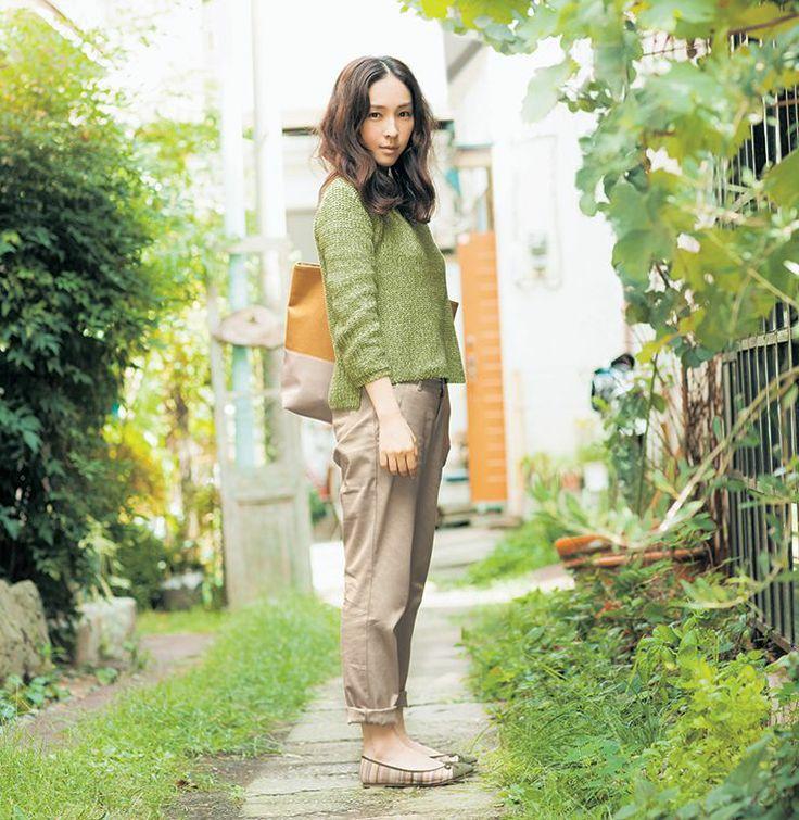【NEW】麻生久美子さんが着る春のふだん着。- STYLE LOOK