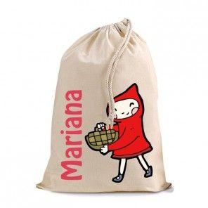 Prácticas bolsitas de algodón 100% de color natural personalizadas, para llevar la merienda, una muda, los zapatitos de gimnasia, etc... Su tamaño es de 30 cm de alto por 25 cm de ancho. 9.00 € ¡Gastos de envío GRATIS!