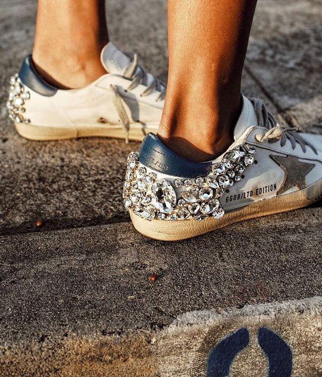 On aime quand les faux diamants cannibalisent les baskets ! (photo Sincerely Jules)