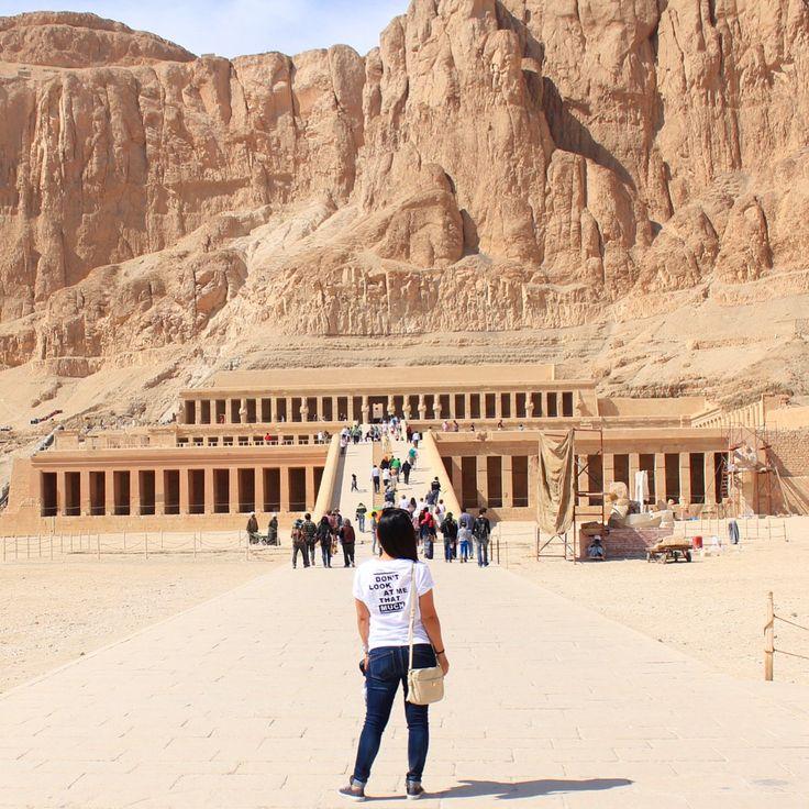 Temple Hatshepsut in Luxor, Egypt   Valley of the Queens