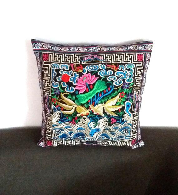 Hmong Thai rose brodé Hobo Boho Coussin par LannaThaiCreations