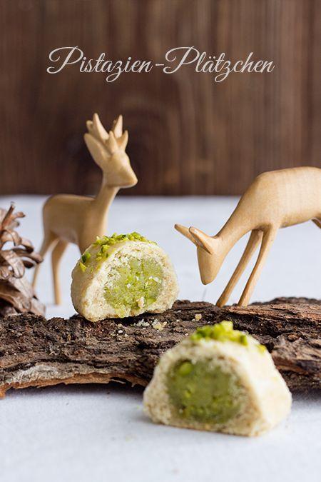 pistachio marzipan cookies