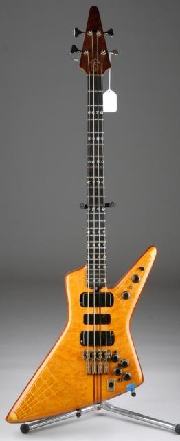 363 best images about vintage bass guitars on pinterest vintage guitars gretsch and jazz. Black Bedroom Furniture Sets. Home Design Ideas