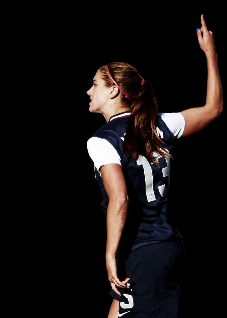 Tal vez nadie la conosca pero eya es el mejor ejemplo de que las mujeres pueden jugar muy bien al futbol