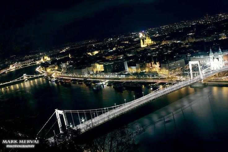 Budapest este