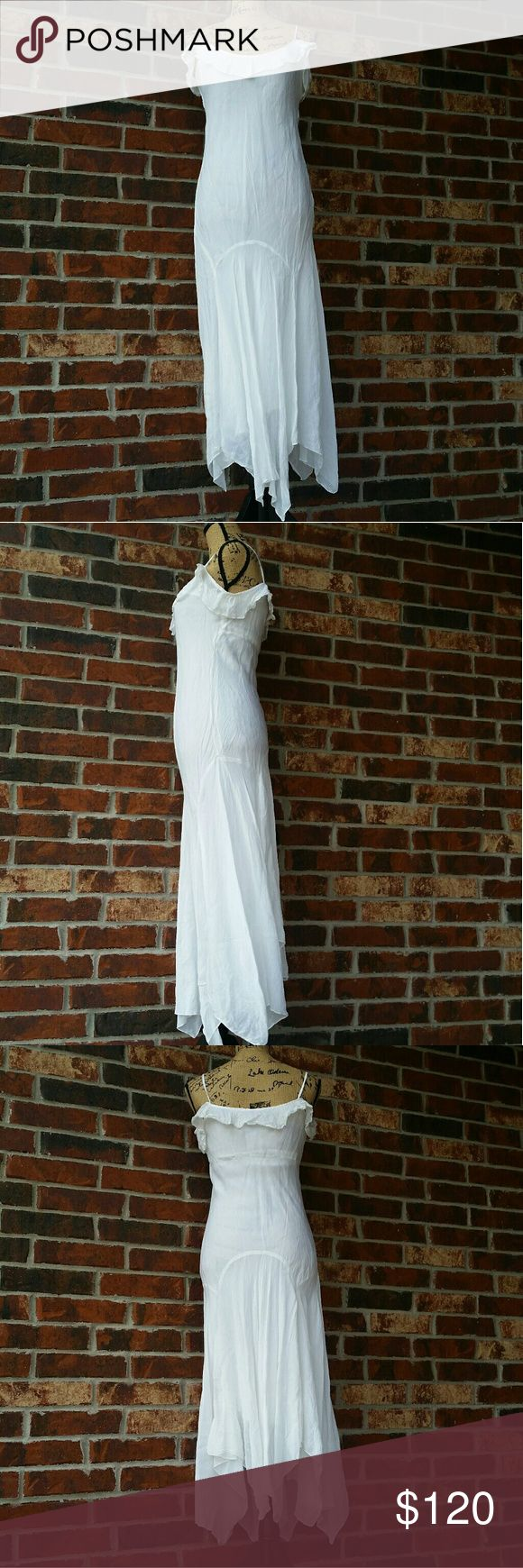 "JOHNNY WAS trumpet skirt maxi dress size 2 JOHNNY WAS trumpet skirt maxi dress size 2 lined white crinkle fabric . Length 56"" pit to pit measures 17"" . BOHEMIAN COACHELLA FESTIVAL Johnny Was Dresses Maxi"
