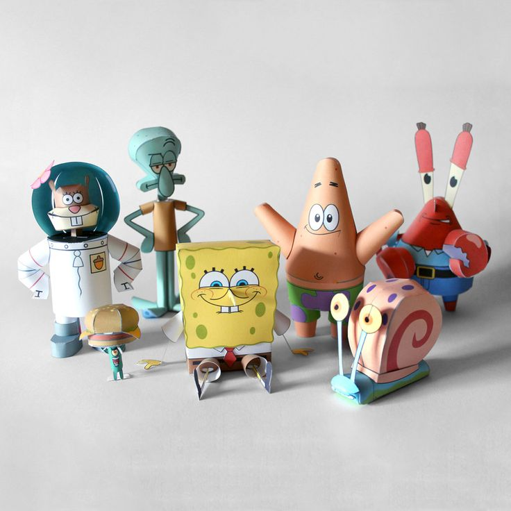 Four full years ago, I started the Spongebob Papercraft collection with Patrick Star, the first craft using a new technique that allowed rounder shapes and less flaps. Oh yes, papercraft is such a sophisticated science… And today, I present to you the result of four years of elaborate research, in shape of the seven main characters from Nickelodeon's flagship: Spongebob, Patrick, Gary, Plankton, Squidward, Mr. Krabs and Sandy. On that note... Are ya ready, kids?