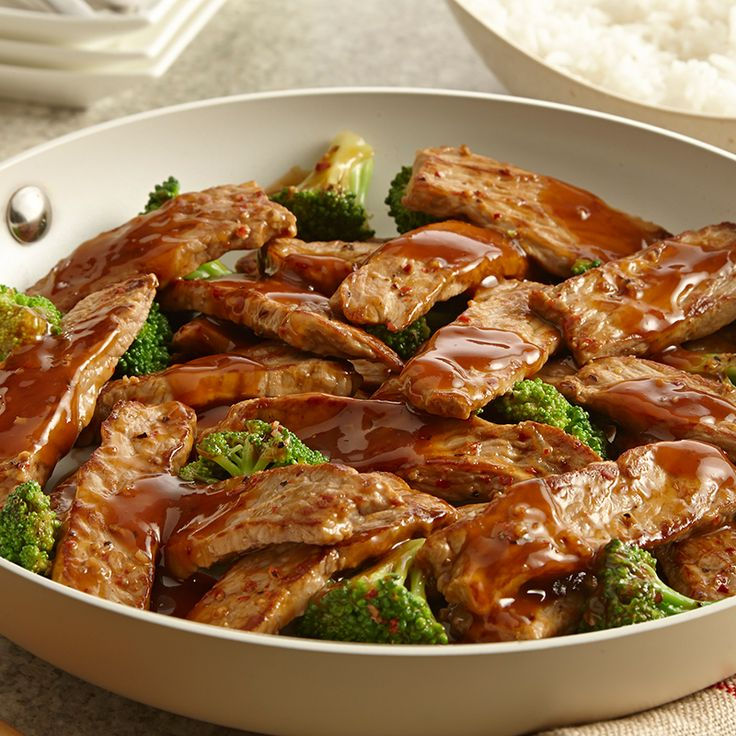 McCormick Skillet Sauce contains all the flavors you need - ginger, garlic and soy sauce - to make this family-favorite stir-fry.