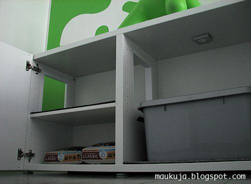 Great idea (Ikea's Besta shelf unit)