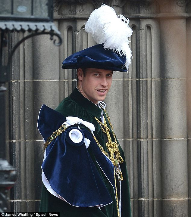 Noble: The Order of the Thistle is an ancient order of chivalry in ScotlandRoyal Families, The Queens, Strathearn Prince, Prince Williams, Prince George, Cambridge 33, Cambridge Prince, British Royal, Big Day