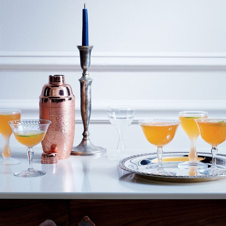 An easy-drinking aperitif made slightly more potent with the addition of gin.