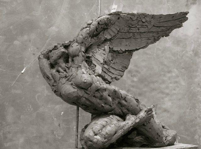 Dylan Lewis sculpture
