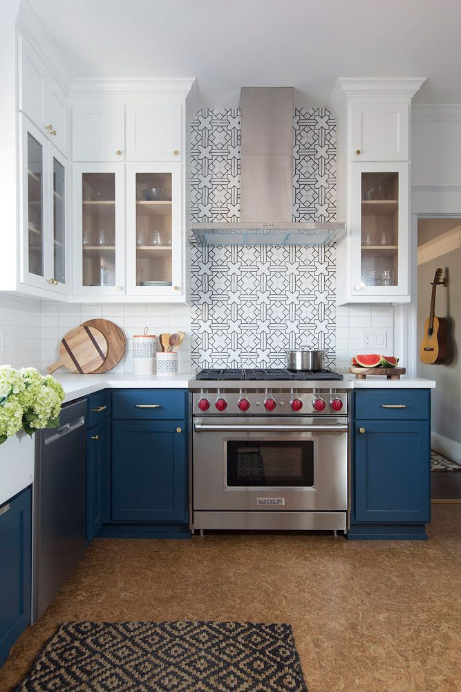 U Shape Two Toned Kitchen With Dark Blue Lower Cabinets In Hague Blue Farrow And B Blue Kitchen Cabinets Painted Kitchen Cabinets Colors Kitchen Remodel Layout