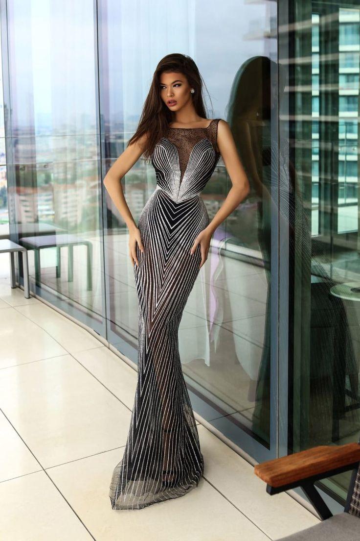 Модные вечерние платья 2020 | Вечерние платья, Платья и ...