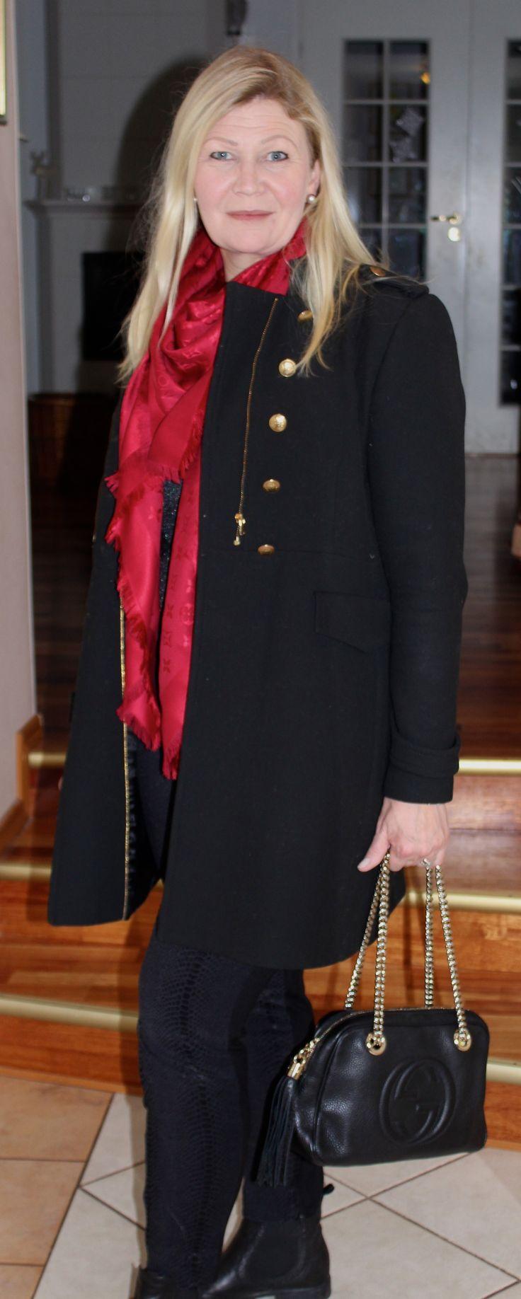 Zara, Louis Vuitton shawl, Gucci