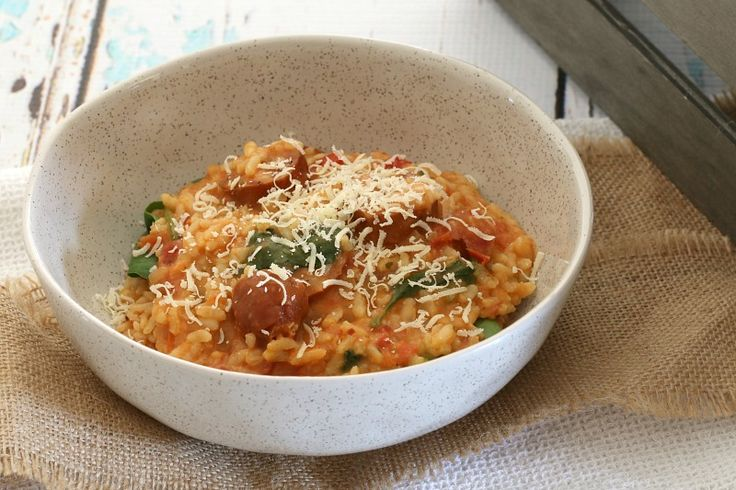 This Thermomix Chorizo, Tomato & Baby Spinach Risotto is the perfect weeknight meal. It's fast, fresh and packed full of flavour! What's not to love?!