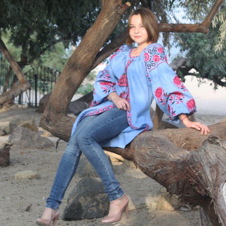 Вышиванка. Вышитое платье. Льняное бохо платье. @yasen_svit @yasensvit_anna @yasensvit_elis 💰ЦЕНЫ и ЗАКАЗ ☛https://www.livemaster.ru/yasensvit https://www.etsy.com/shop/FashionByJulia https://www.etsy.com/shop/MagicFashionStudio ☎ WhatsApp. Viber +380 96 064 16 04 📧 podvysotskayaNP@gmail.com ✈Доставка по всему миру 💲возможна оплата PayPal   #вишиванка #вышитоеплатье #дизайнерскаяодежда #деньвишиванки #вышиванка #неделямоды #свадебноеплатье #инстамода #стильныйобраз #хиджаб #абайа…