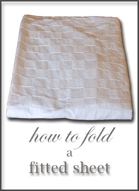 wow. i really needed this tip! so helpful!Folding Sheet, Final, This Folding, Stuff, Sheet Helpful, Art, How To, Fit Sheet Def