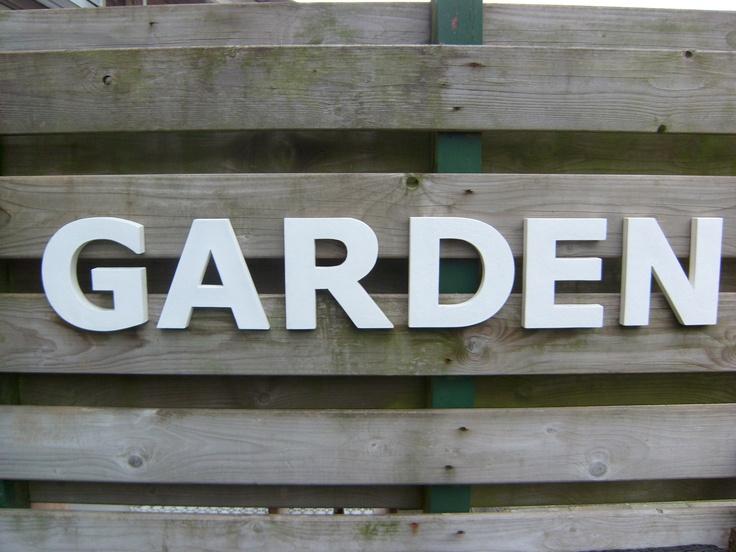 houten decoratieve letters
