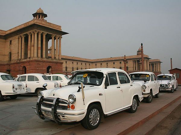 A Tribute To The Hindustan Ambassador - The Journey Ends