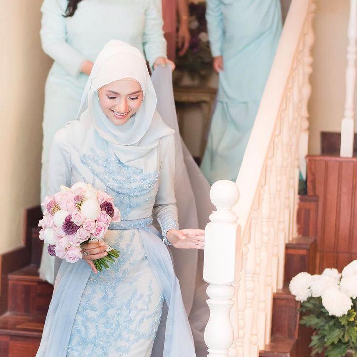 Fatin & afdzal engagement. Make up by @makeupbyteyn  #adventuresofjojoandtintin #omarozaphotography by omaroza
