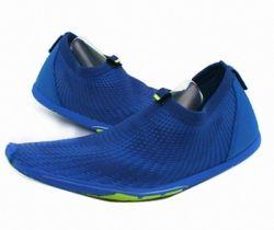 Sepatu adipure http://sarangsepatu.com/detail/sepatu-olahraga-dan-casual-1073.html