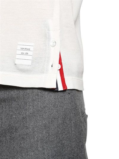 THOM BROWNE - COTTON PIQUÉ T-SHIRT WITH STRIPE DETAIL - LUISAVIAROMA - LUXURY SHOPPING WORLDWIDE SHIPPING - FLORENCE