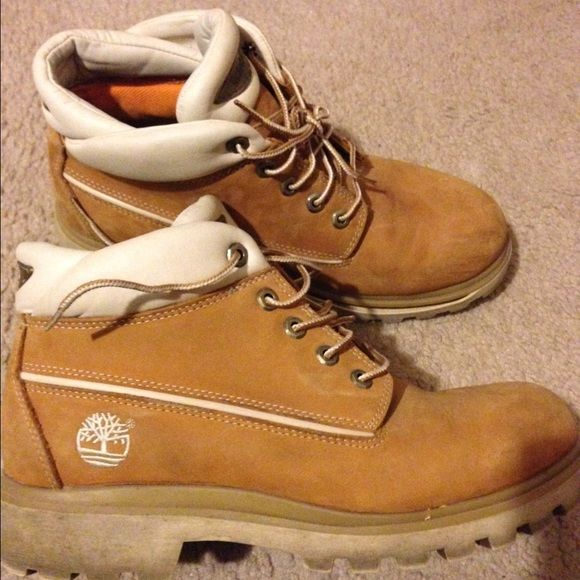 Timberlands boots size 10 for sale or trade Timberlands boots size 10 for sale or trade.  The sole will have to be clued with shoe glue other than that they are good to go Timberland Shoes Winter & Rain Boots