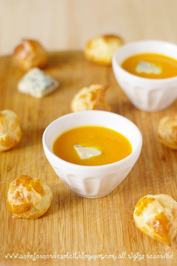 Vellutata di zucca e gougères al gorgonzola e curry