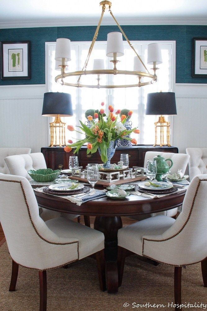 Decorating Hospitality Ideas Southern Spring Traditional Dining Rooms Spring Dec In 2020 Dining Room Decor Traditional Dining Room Small Traditional Dining Rooms