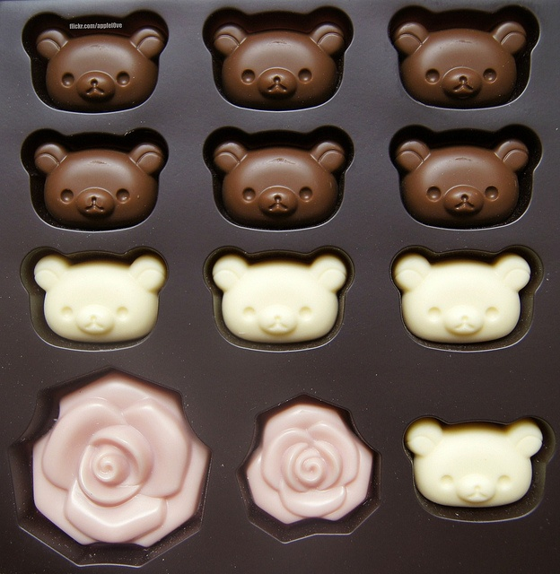 Chocolates❥ via #martablasco ❥ http://pinterest.com/martablasco/