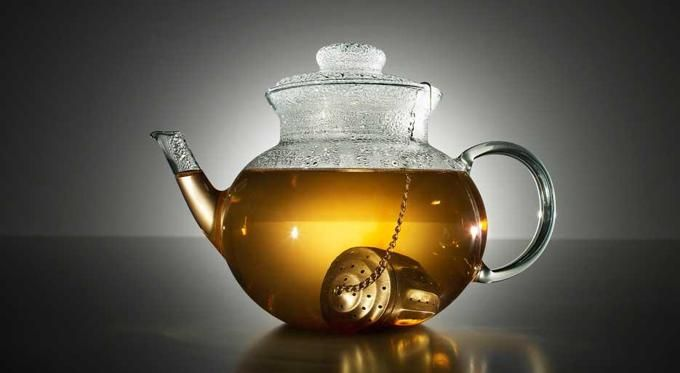 Az alábbiakban egy egyszerű, de igencsak hatásos tea receptje található. Azoknak ajánlott, akik cukorbetegséggel küzdenek, hiszen a fehér bab szárított héja, segít abban, hogy a cukorszint normalizálódjon.