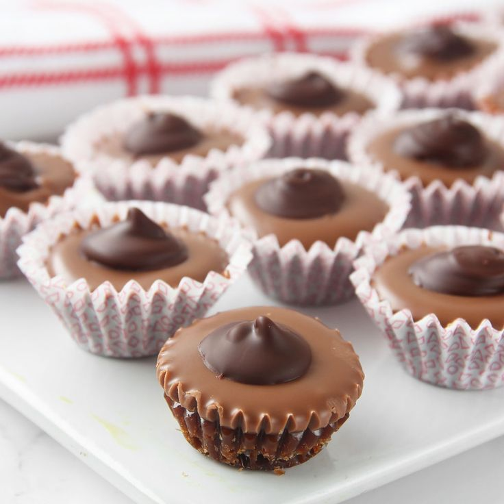 Drömgott julgodis med kola, choklad och nötter (kan uteslutas).