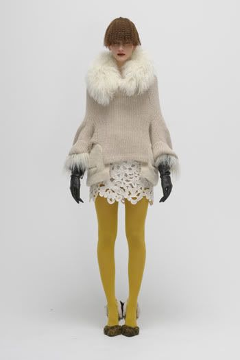 fashion photography: mustard colored tights with creme dress | Fashion + Photography | Photo: chikashi suzuki @ tumblr |