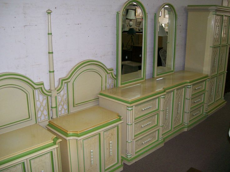 Vintage 7pc national mtairy large cream green bedroom set