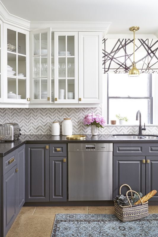 love the contrasting cabinets and backsplash