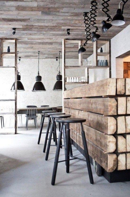 Industrieel ontwerp keuken met een combinatie van staal, hout en beton