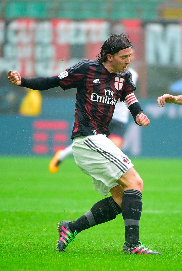 Riccardo Montolivo (AC Milan) adidas ACE 16.1 Primeknit