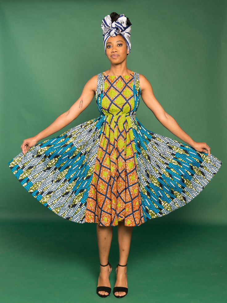 Enoh Nip Dress – Disco – Zuvaa