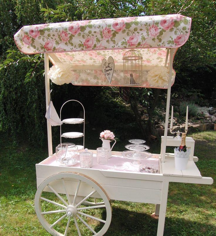 Englische Teerosen - Ein eleganter und stilvoller Candywagen für Ihre Hochzeit. Als Candybar, Getränkebar, Sektbar, Sweettable, Cake bar, für Fingerfood oder besonderen Rahmen für Ihre Hochzeitstorte. My lovely candy cart.