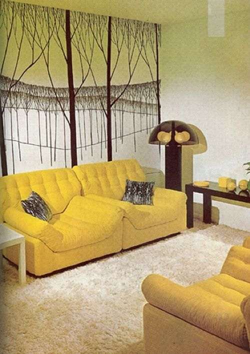 138 best images about vintage bedrooms on pinterest for Yellow living room wallpaper