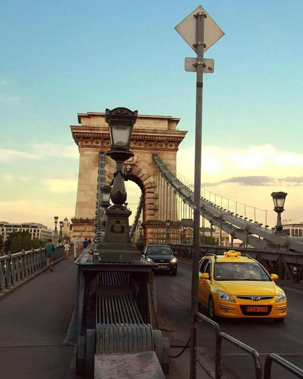 Yellow taxi and the bridge   #budapest