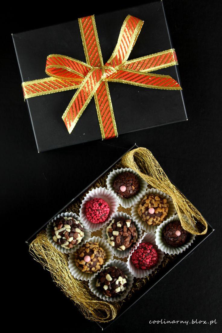Trufle czekoladowe z pierniczkami i migdałami - świąteczne!