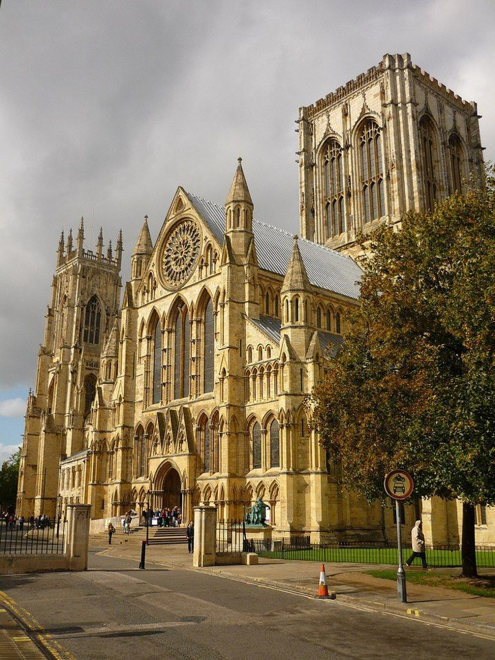 York Minister, York, England. http://www.beyond-london-travel.com/Best-Things-to-Do-in-York.html 1hr 20