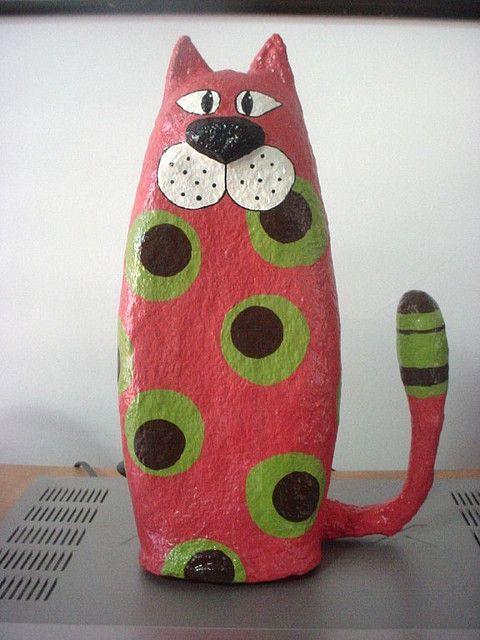 paper mache cats: