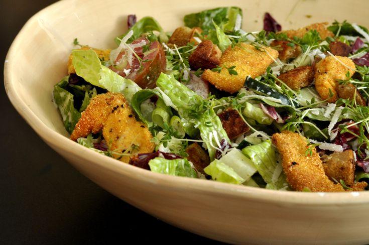 salad with polenta crisp chicken / salat mit polenta knusper-hähnchen nach jamie oliver