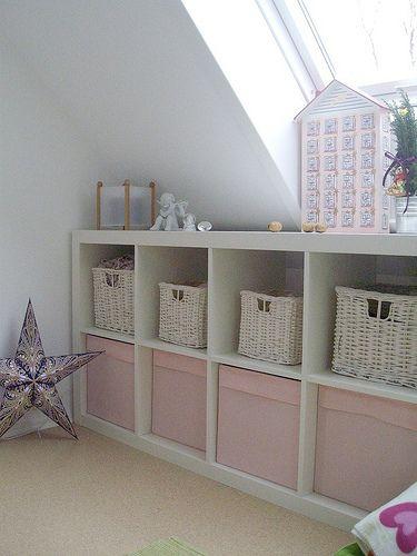 Meidenkamer, kallax, wit met roze, veel opruimmogelijkheid