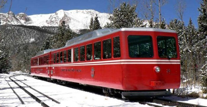5 Incredible Day Trips You Can Take From Denver By Train