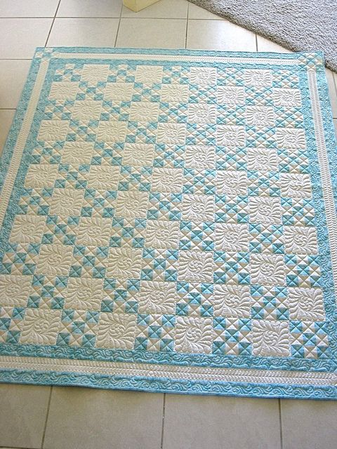 Love two colour quilts