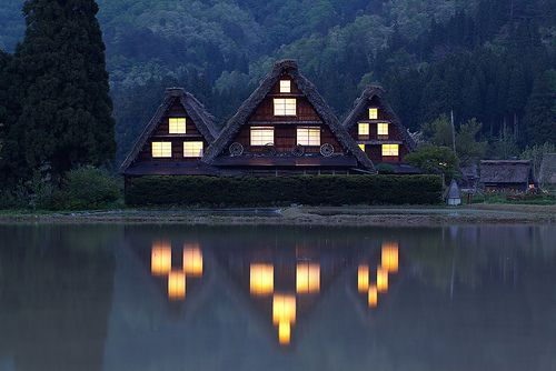 i need to live thereLights, Cabin, Japan, Shops Lists, Dreams House, Gassho Village, Lakes, Sunday Brunches, Heritage Site